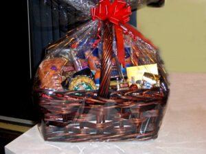 Building a great food hamper basket
